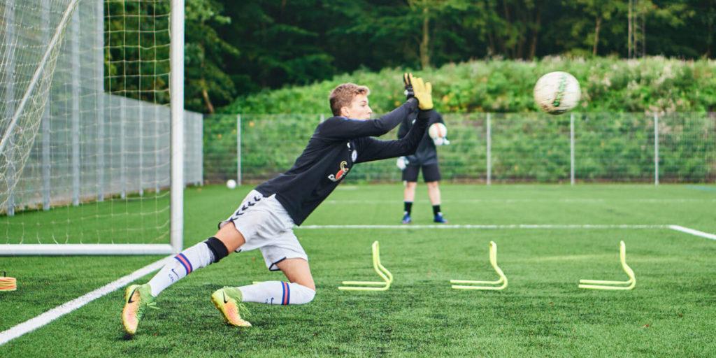 Målmand på VGIE_Fodbold efterskole i jylland